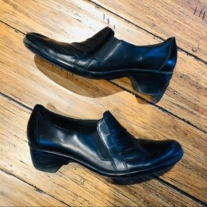 Clark's Leather Shoes - Small Block Heel